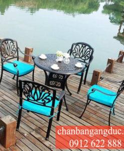 Ban Ghe Nhom Gang Duc 05