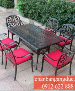 Ban Ghe Nhom Gang Duc 18